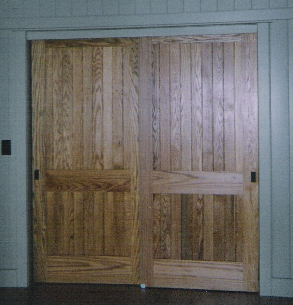 Wood Sliding Closet Doors 588 x 612