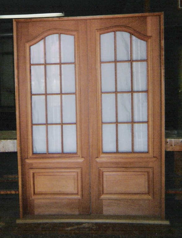 Home entrance door glass for front doors for Double wood doors with glass